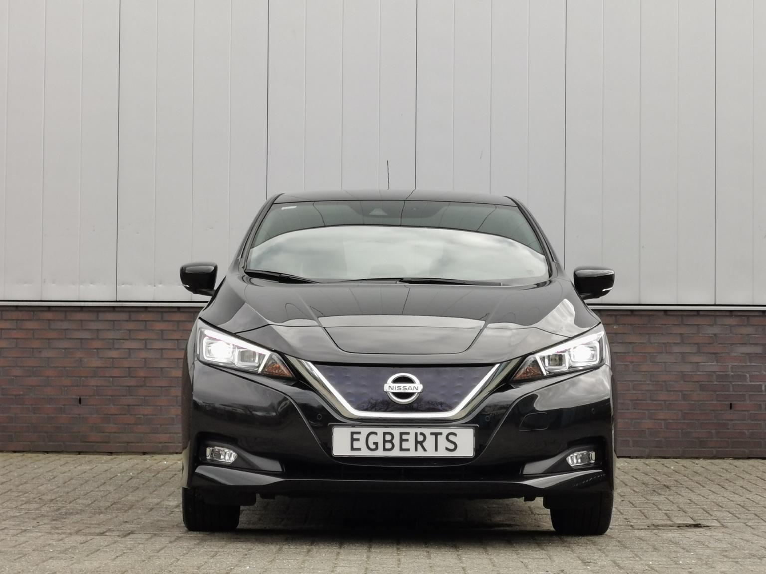 Nissan-Leaf-1