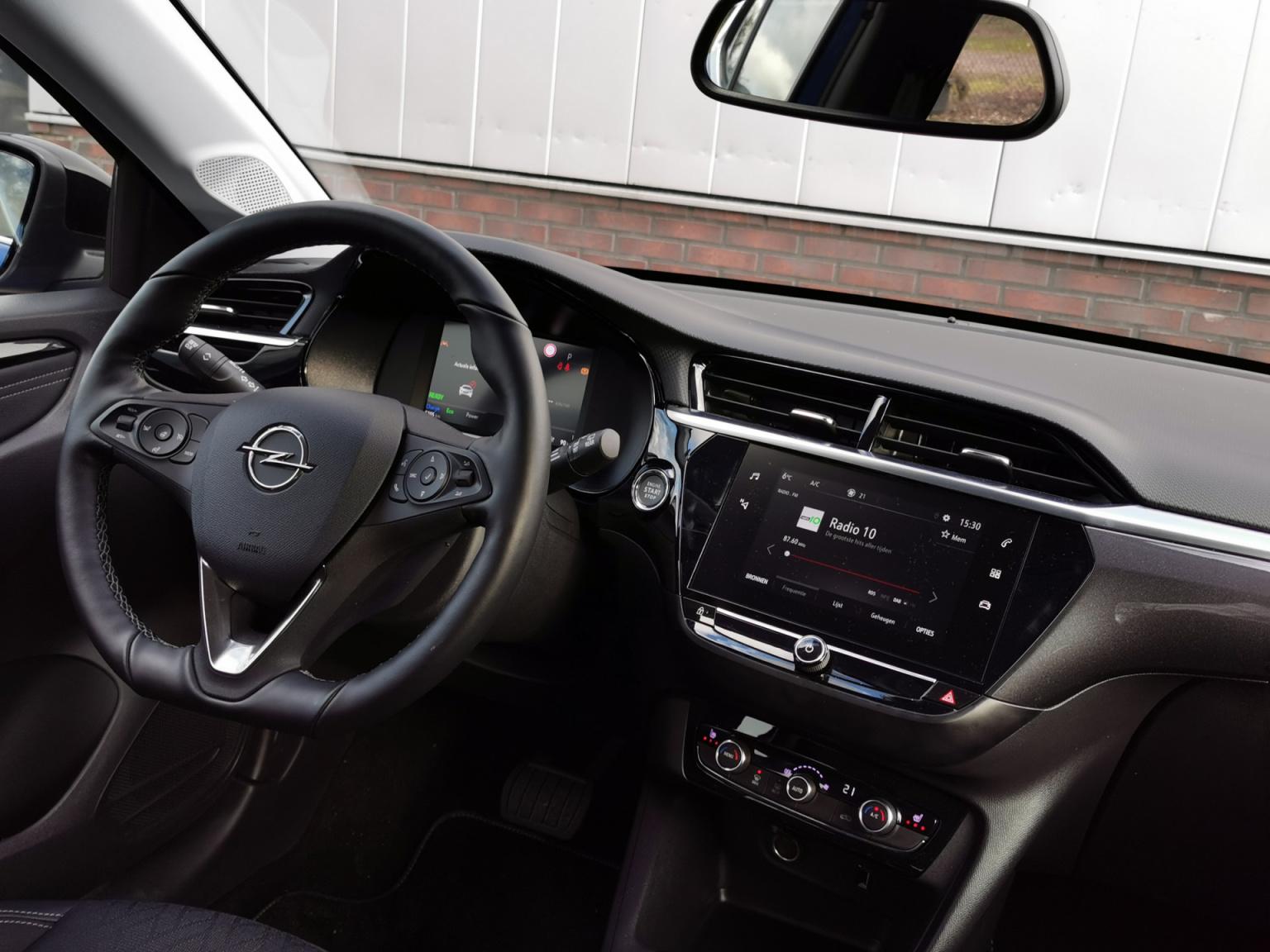 Opel-CORSA-E-18