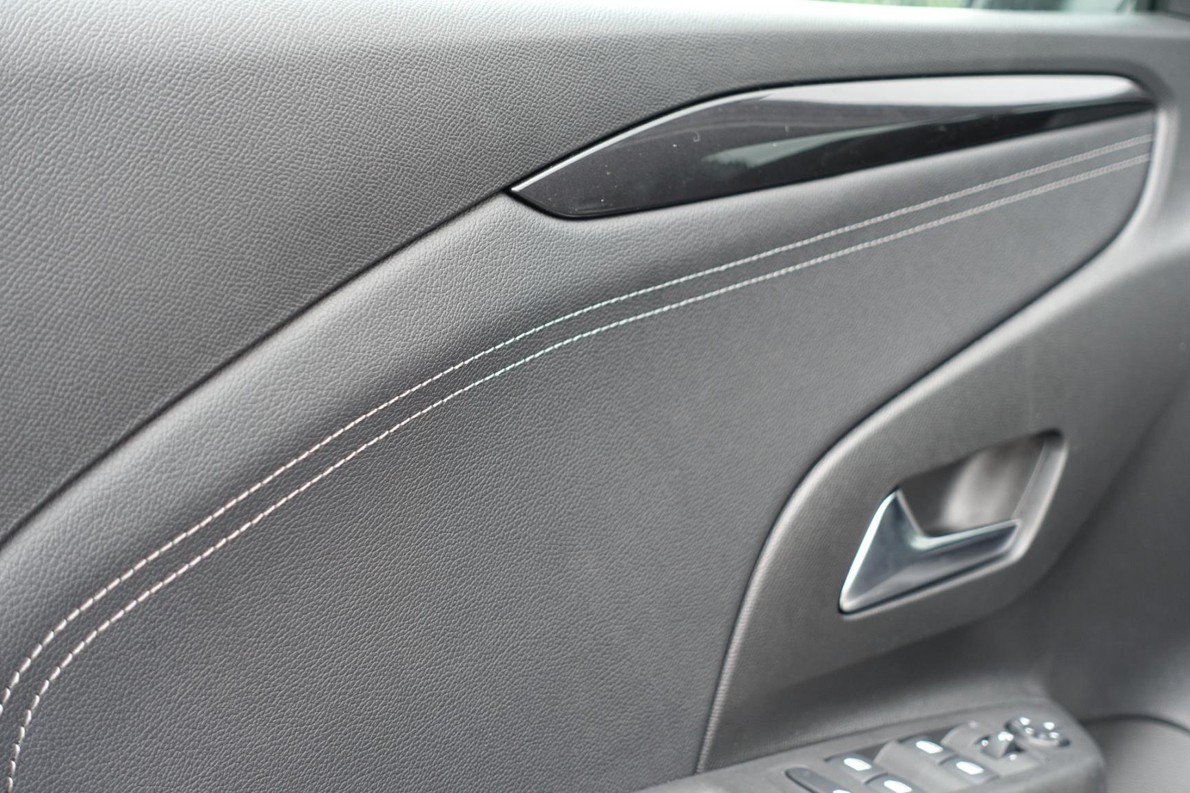 Opel-CORSA-E-11