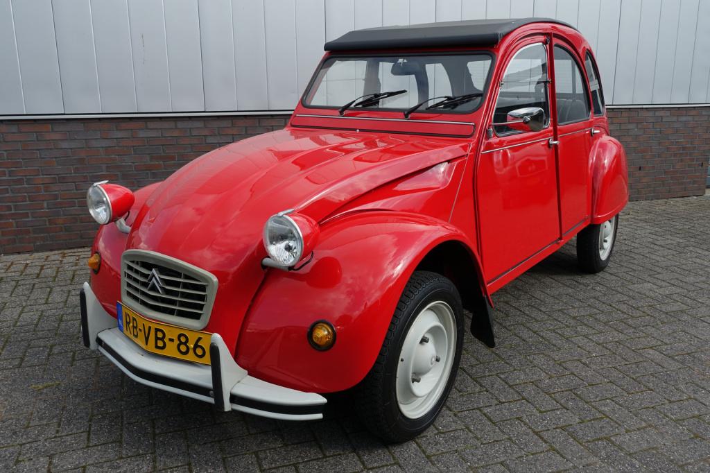 Citroën-2CV-thumb