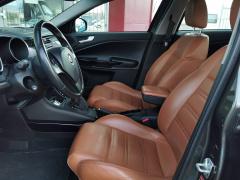 Alfa Romeo-Giulietta-16