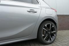 Opel-CORSA-E-12