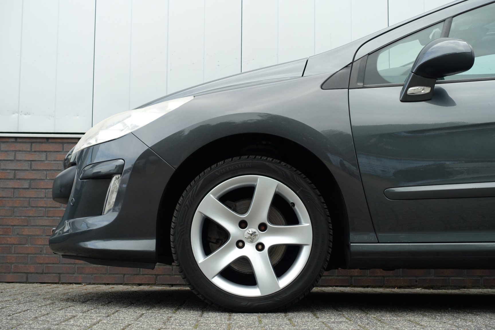 Peugeot-308-9